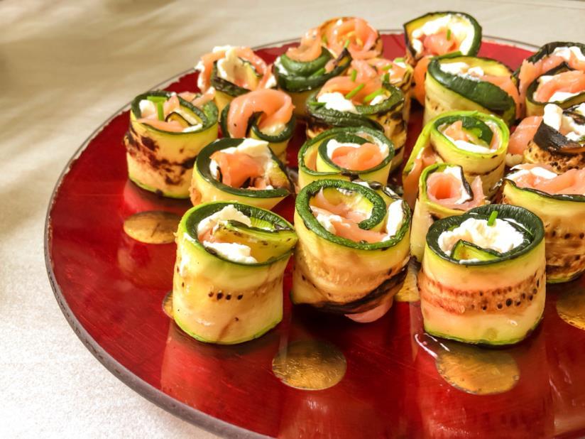 Rotoli di zucchine e salmone