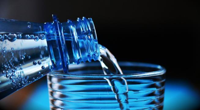 Viaggiare sicuri: attenzione all'acqua da bere