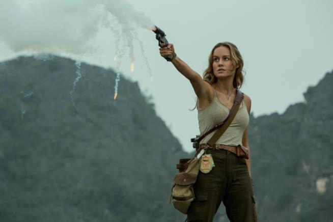 Brie Larson in una scena di Kong: Skull Island