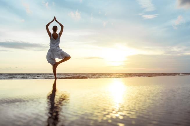Fa i rimedi per combattere l'ansia c'è lo yoga integrale
