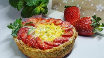 Dessert crema e fragole