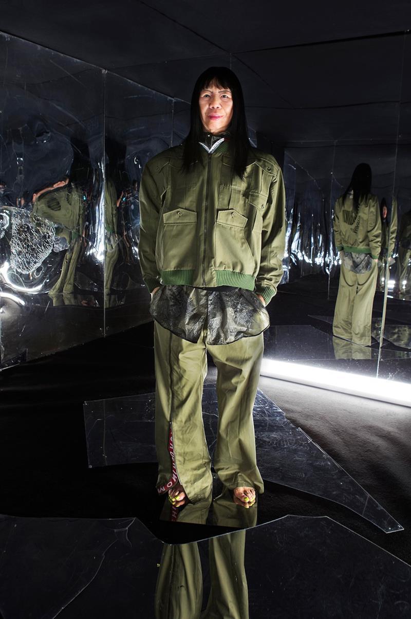 Sfilata MICHIKO KOSHINO Collezione Uomo Primavera Estate 2020 Londra - ¤40007