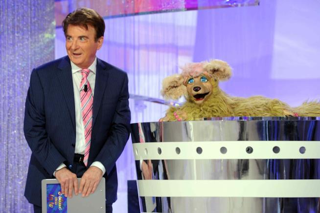 Paolo Limiti con Floradora in uno dei suo programmi televisivi