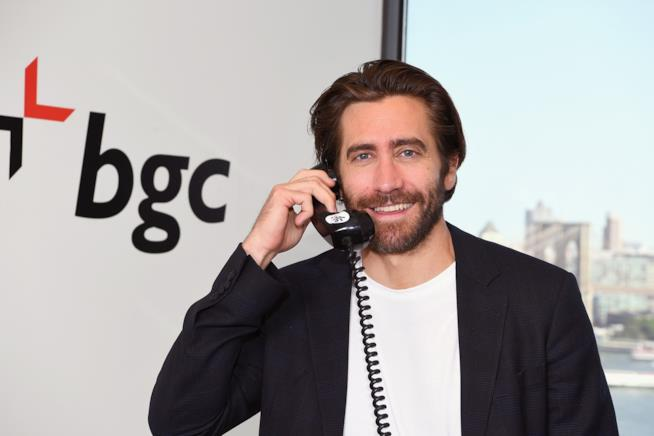 Un sorridente primo piano di Jake Gyllenhaal