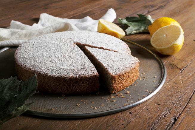 Torta al limone profumata