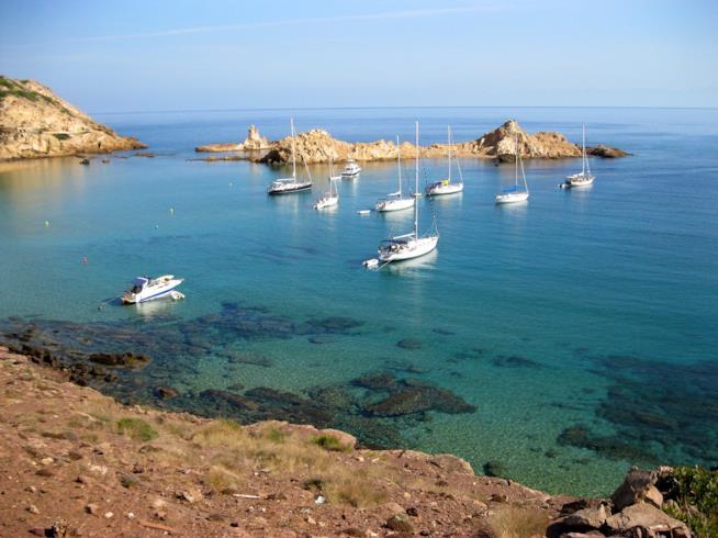 Barche nel mare di Minorca