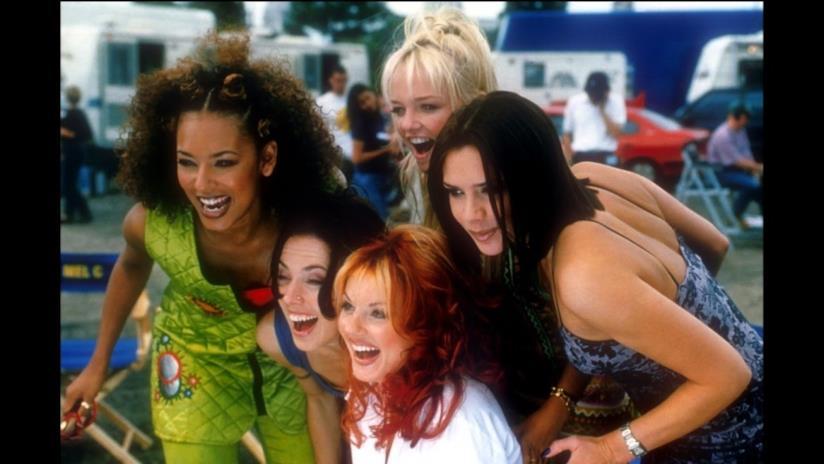 Le cinque cantanti pop recitano in Spice World