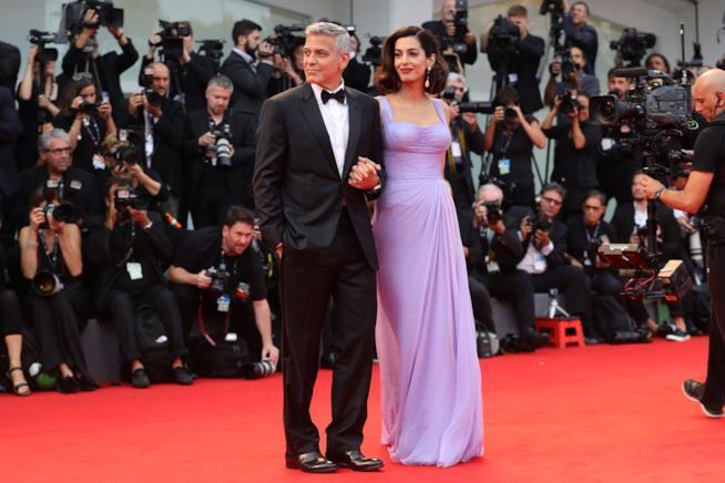 Il look da red carpet di George Clooney e Amal Alamuddin