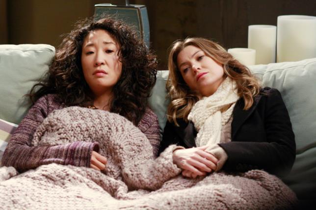 Una scena con Meredith e Cristina nelle prime stagioni di Grey's Anatomy