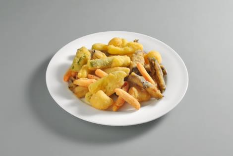 Un piatto di verdure in pastella