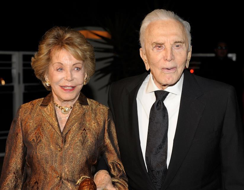 Anne Buydens e Kirk Douglas