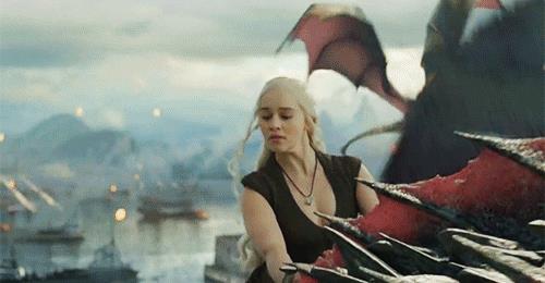 Daenerys ordina Dracarys