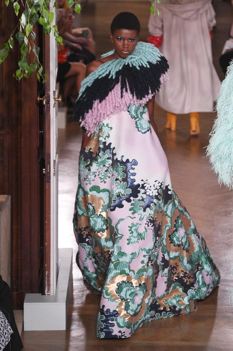 Sfilata VALENTINO Collezione Alta moda Autunno Inverno 19/20 Parigi - ISI_3455