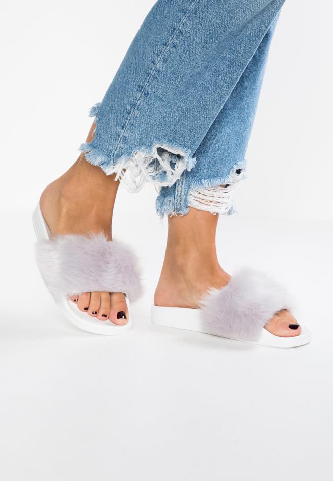 Sandali Fur Slide con pelo bianco