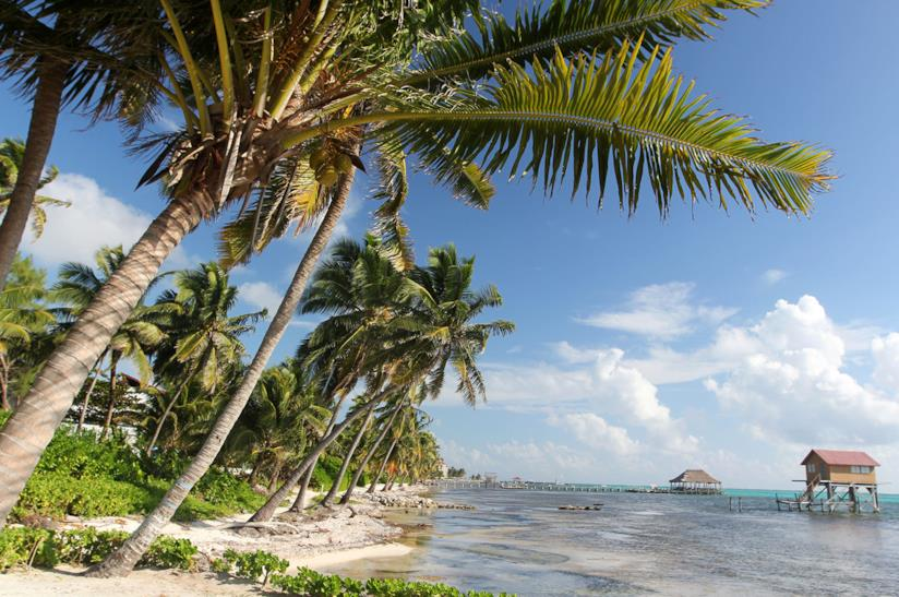 Spiaggia del Belize per un viaggio in compagnia