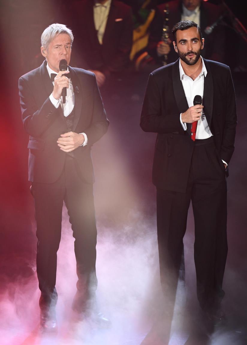 Festival di Sanremo: l'esibizione di Marco Mengoni