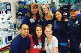 Ellen Pompeo e Camilla Luddington insieme ai dottori del Children's Hospital