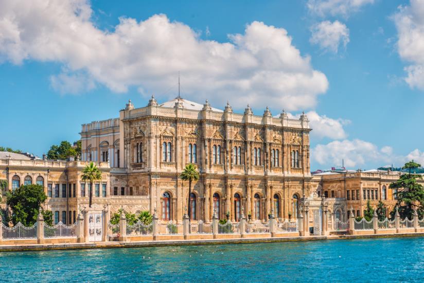 Il Palazzo più grande della Turchia: il Dolmabahçe