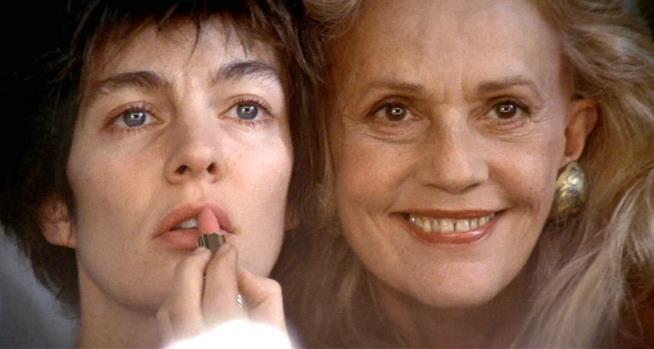 Moreau e Parillaud in una scena di Nikita di Luc Besson