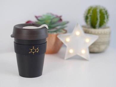 Tazza riutilizzabile struttura molecolare di caffeina