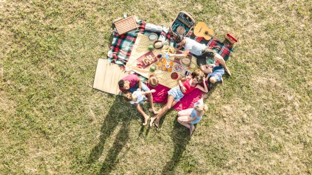 Bambini: che cosa fare con loro a maggio tra picnic, eventi e attività insieme