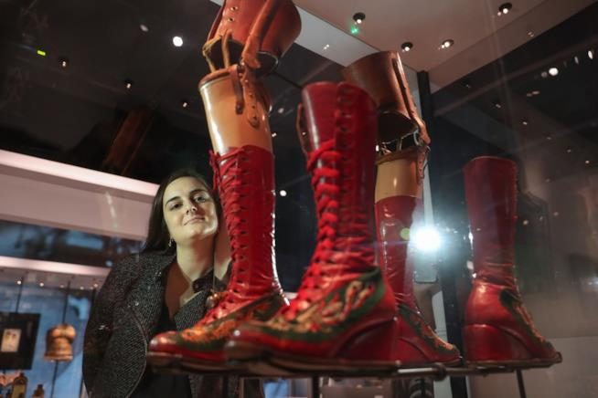 Frida Kahlo: Making herself up. Il tutore dell'artista in mostra a Londra