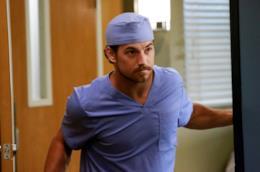 Giacomo Gianniotti nei panni del dottor Andrew De Luca in Grey's Anatomy 12