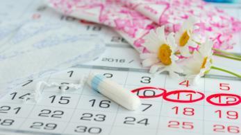 Calendario con giorni cerchiati in rosso