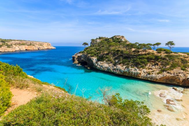 Una spiaggia dell'Arcipelago delle Baleari