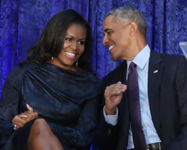 Michelle Obama e Barack, uniti e complici