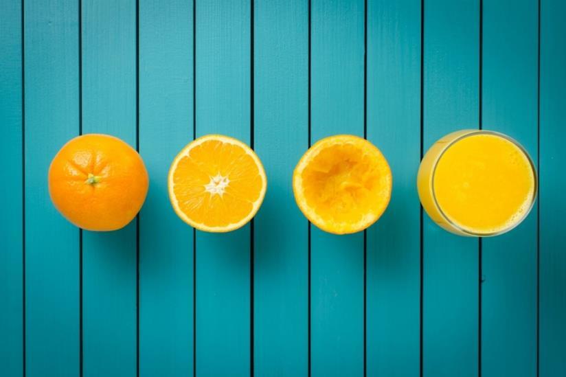 Spremere un'arancia