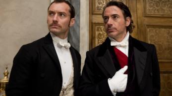 Una scne adi Sherlock Holmes : A Game of Shadows con Jude Law e Robert Downey Jr