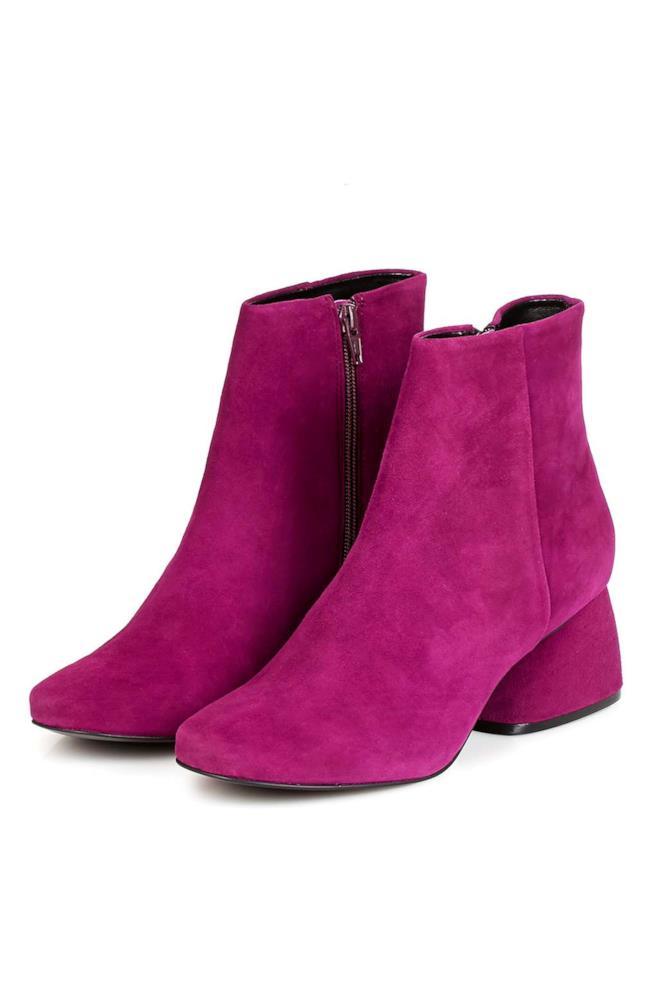 Stivali rosso magenta con tacco di 5,5 centimetri