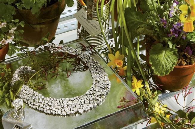 Un gioiello di Paper Flowers