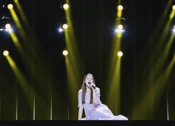 Ieva Zasimauskaitė durante la sua performance