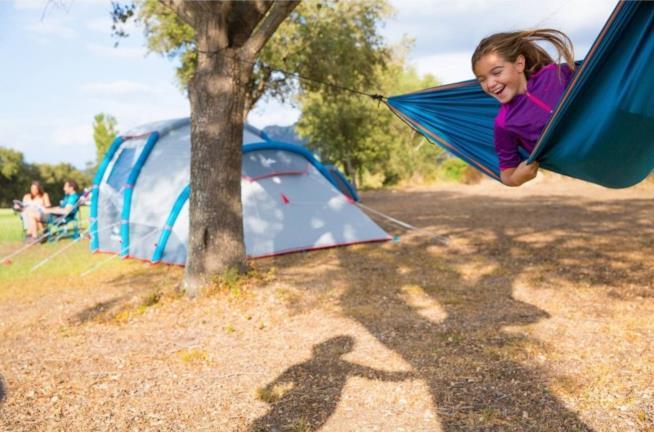 Amaca Decathlon per il campeggio