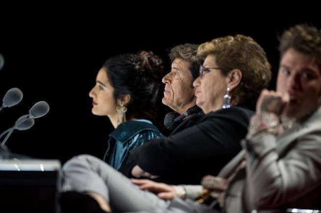 Camile Cabaltera durante il quarto live di X Factor