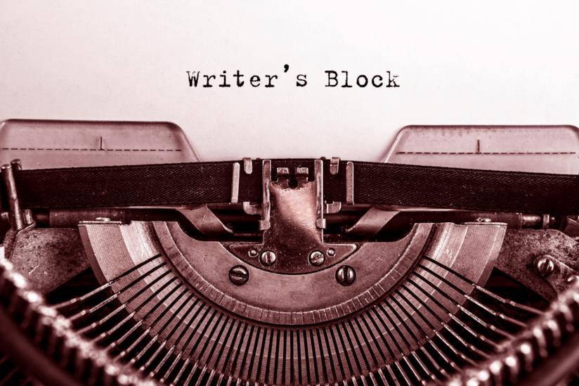 Foglio nella macchina da scrivere
