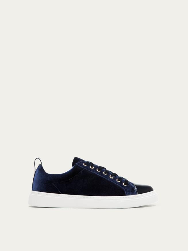 Sneakers Massimo Dutti per Natale 43a4a3d8a43d