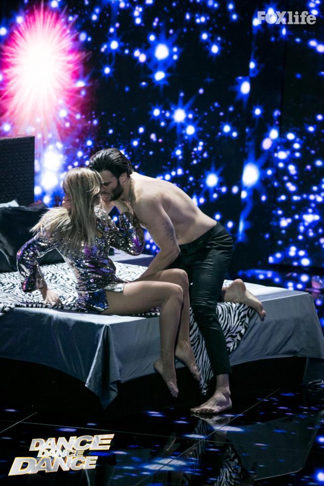 Cristina e Giulio, esibizione nel primo serale di Dance Dance Dance 2