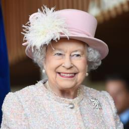 Risultati immagini per Elisabetta II