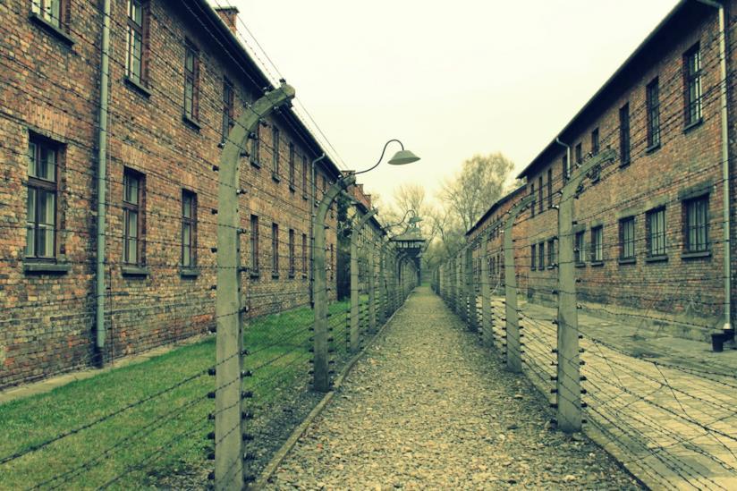 Interno del campo di concentramento di Auschwitz