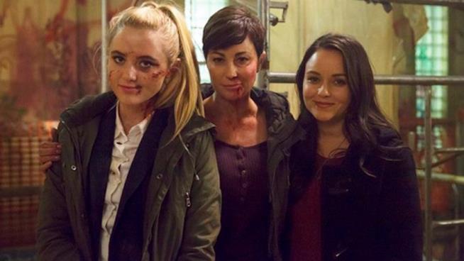 Alex, Jody e Claire in posa agguerrita