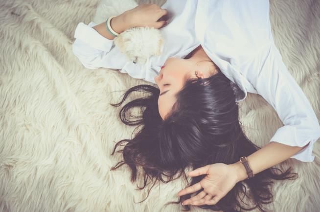 Riposare come rimedio contro il mal di testa