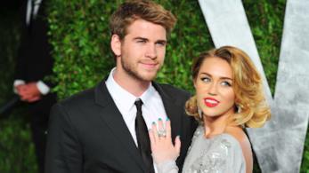 Liam Hemsworth posa insieme a Miley Cyrus