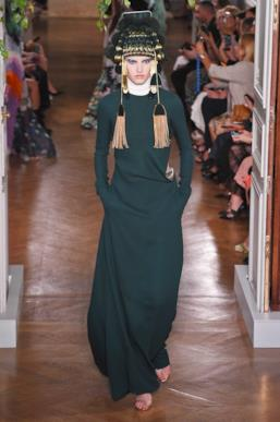 Sfilata VALENTINO Collezione Alta moda Autunno Inverno 19/20 Parigi - ISI_3476