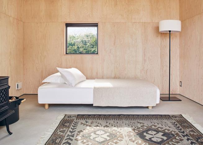 Angolo letto all'interno della Muji Hut