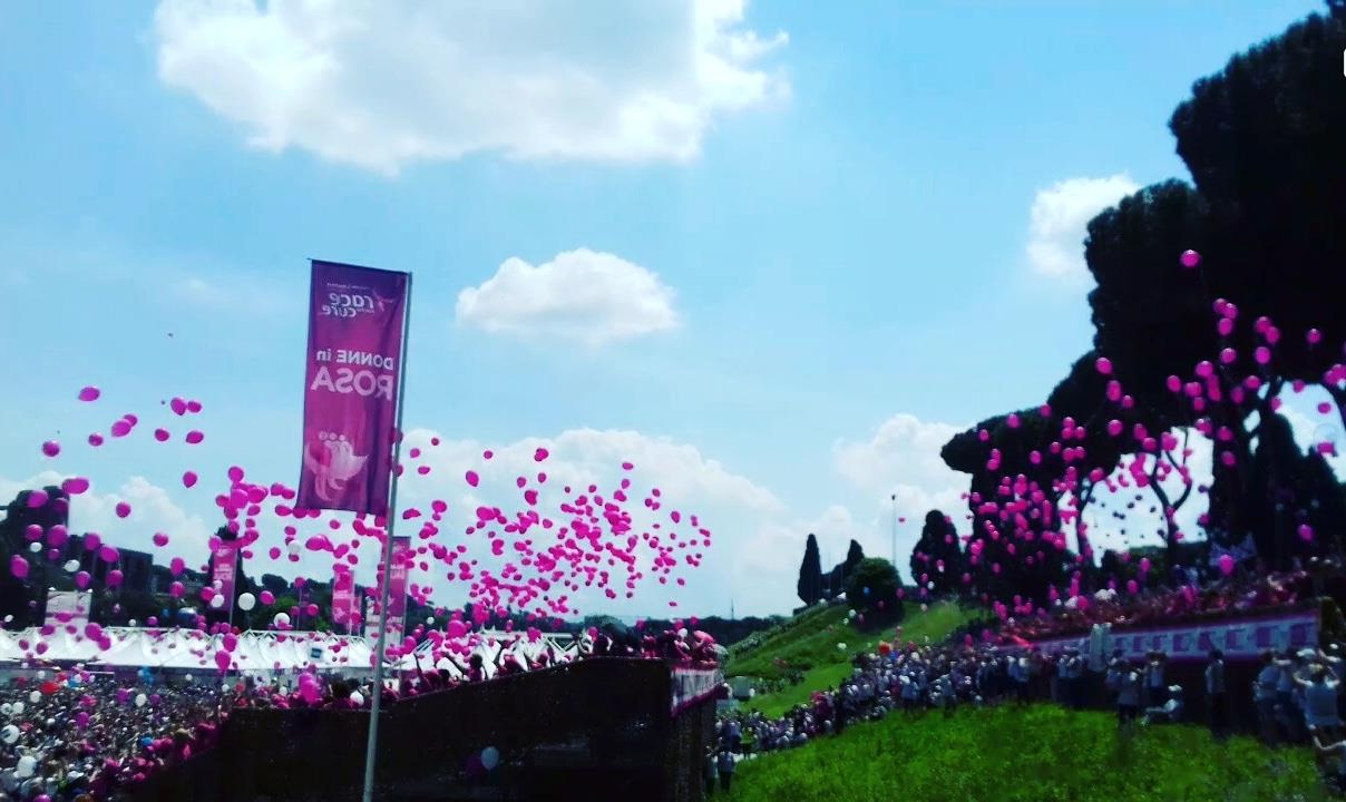 Race for the cure: Roma si tinge di rosa contro il cancro al seno