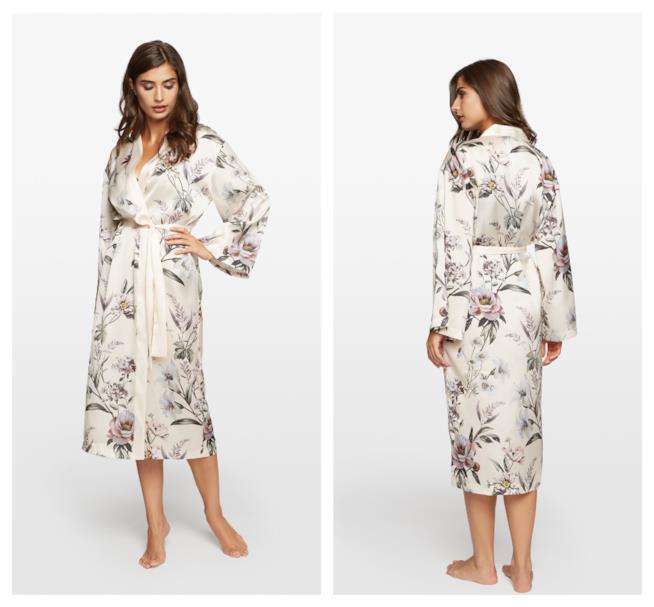 Con i fiori stampati sul tessuto il kimono di tendenza autunno 2018