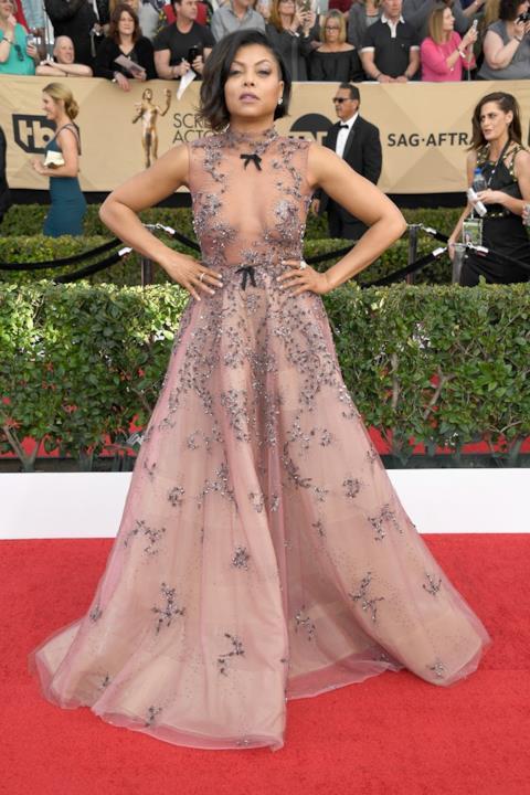 SAG Awards 2017: Taraji P. Henson con un vestito effetto nudo di Reem Acra